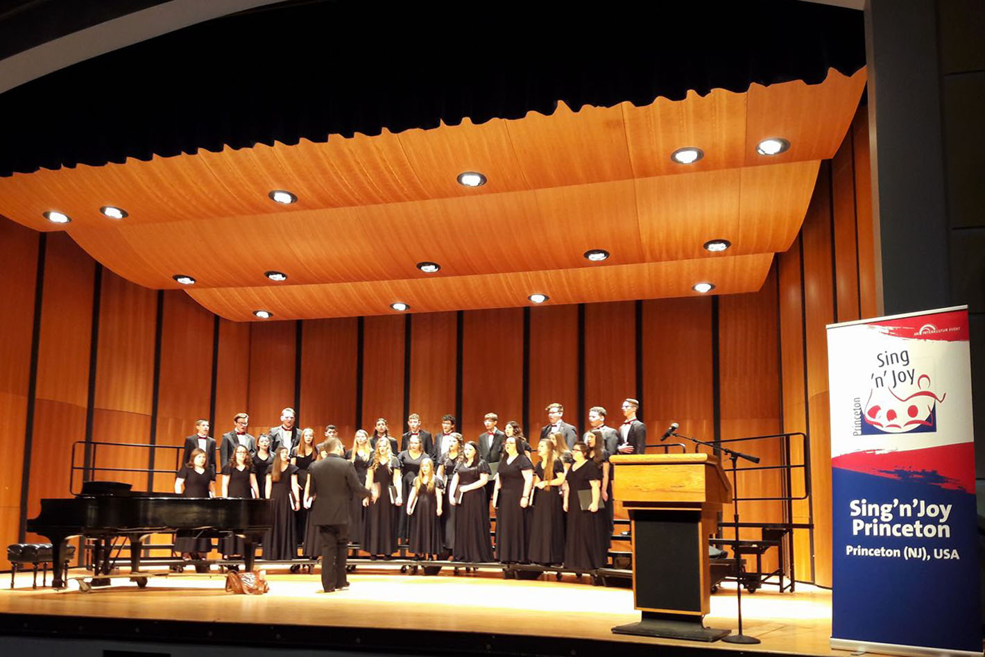 Henry County Wildcat Chorale (USA) © INTERKULTUR