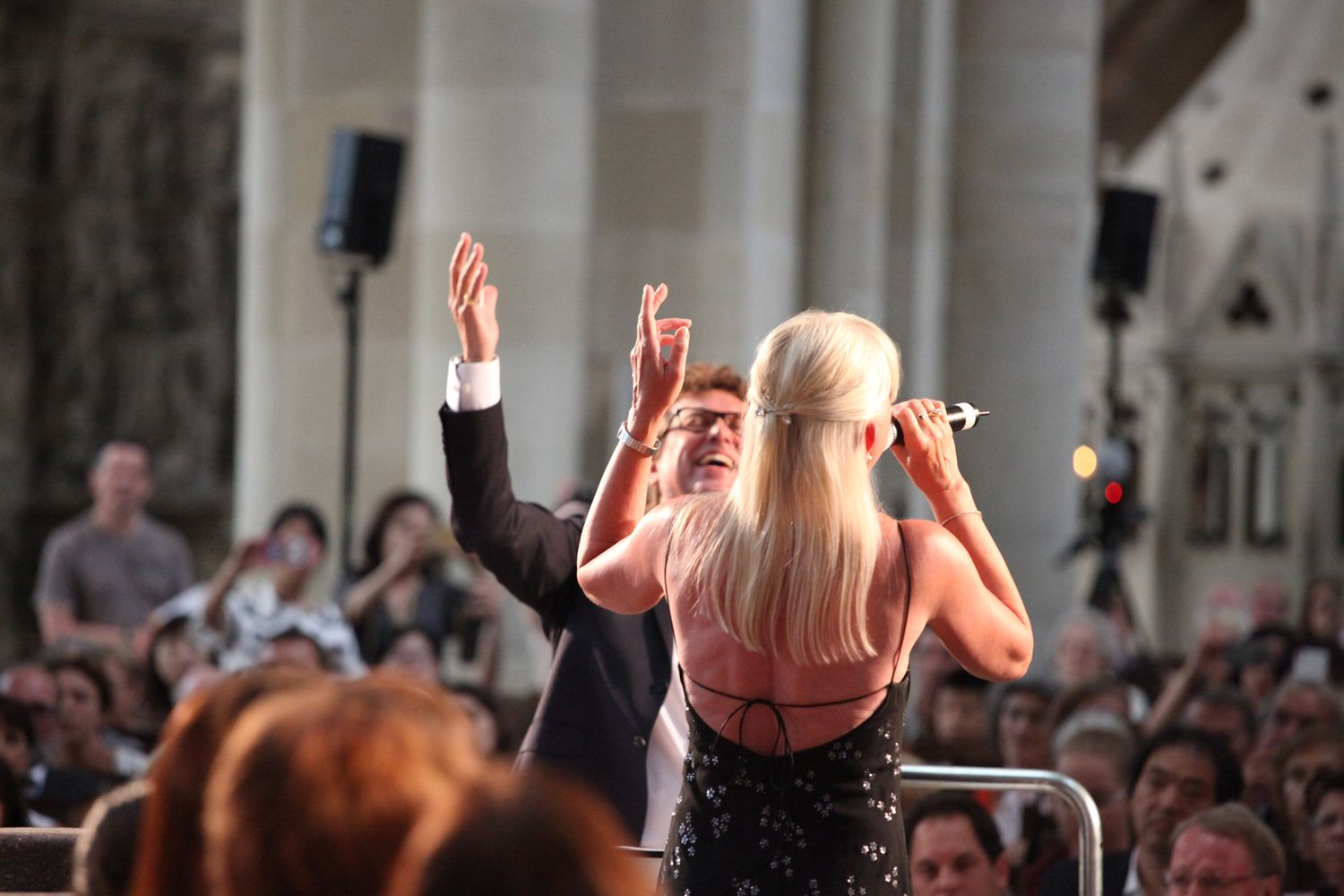 Fred and Gunnel Sjöberg performing at the Peace Concert (©INTERKULTUR)
