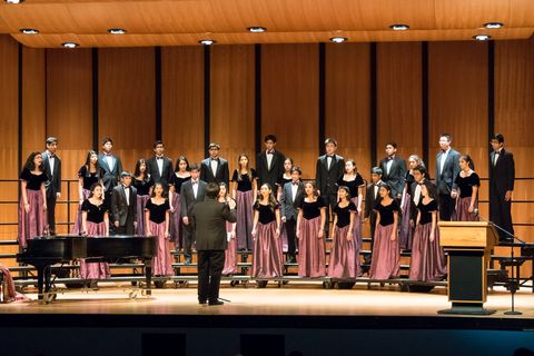 John P. Stevens High School Chamber Choir (USA) © INTERKULTUR