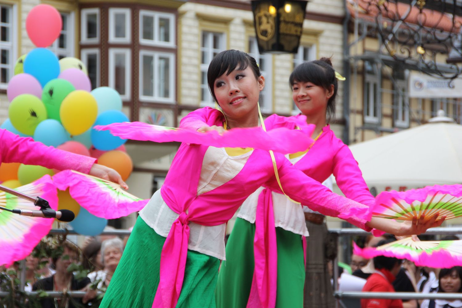 Sol Art Choir from Vietnam performing in Wernigerode © INTERKULTUR